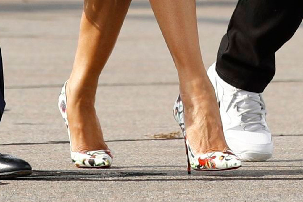 Melania Trump, christian louboutin so Kate pumps, celebrity style, Donald Trump Melania Trump. President Donald Trump and first lady Melania Trump board Air Force One at Morristown Municipal Airport in Morristown, N.J., en route to Andrews Air Force Base, MdTrump, Morristown, USA - 18 Aug 2019