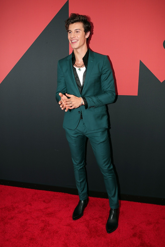 Shawn Mendes, green suit, black Chelsea boots, MTV Video Music Awards, Arrivals, Prudential Center, New Jersey, USA - 26 Aug 2019