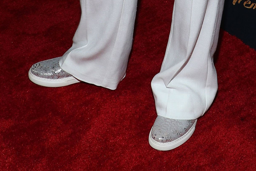 Olivia Newton-John, silver sneakers, celebrity style, red carpet, industry dance awards