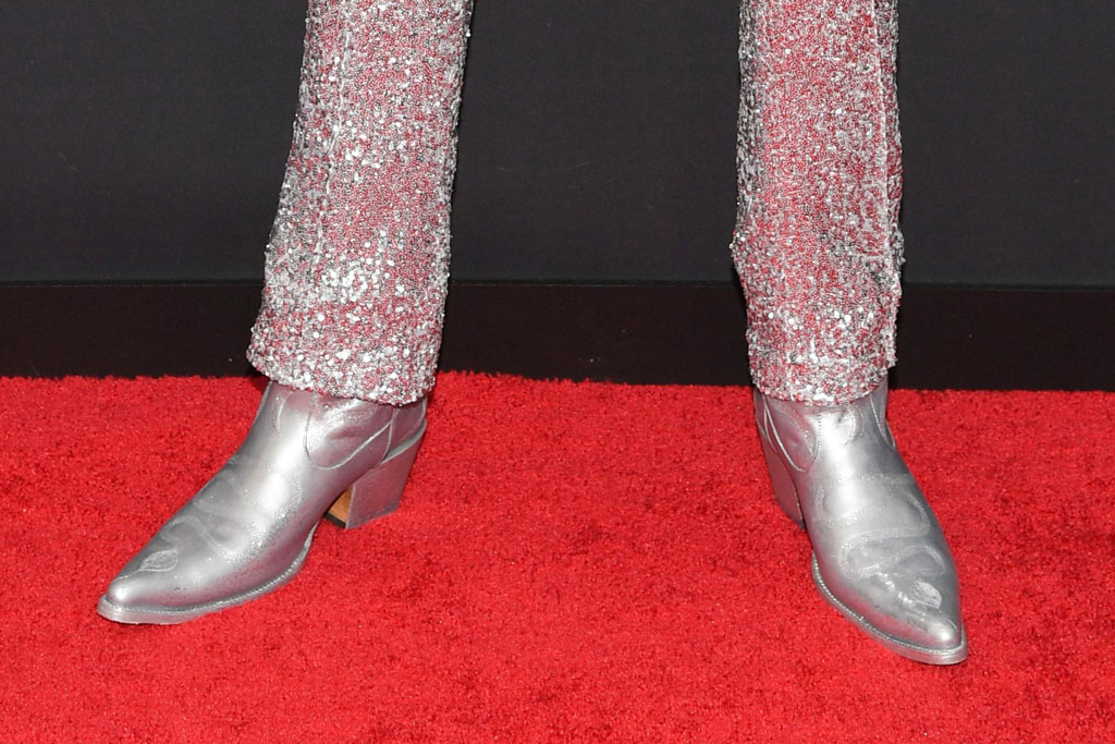 Lil Nas X, cowboy boots, silver outfit, MTV Video Music Awards, Arrivals, Prudential Center, New Jersey, USA - 26 Aug 2019