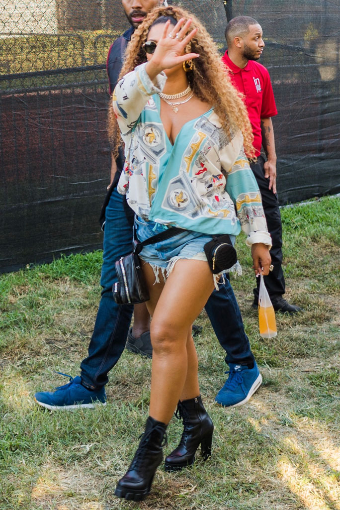 Beyoncé, made in America festival, 2019, celebrity style, platform boots, denim cutoff shorts, legs,