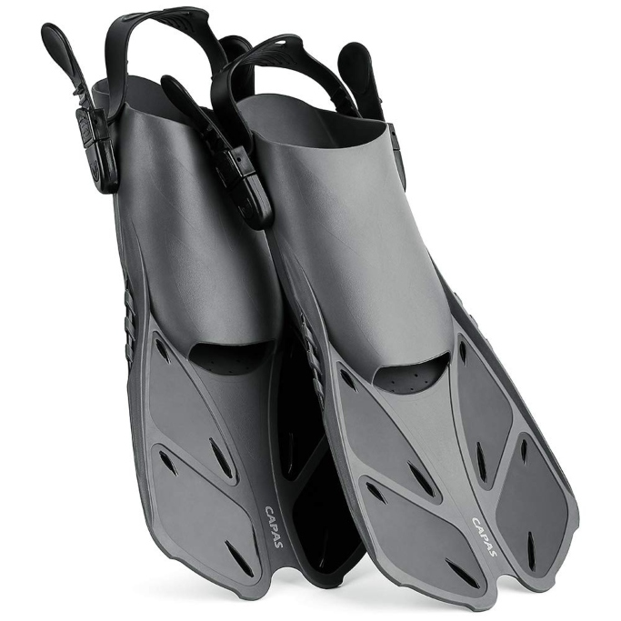 capas swimming flippers