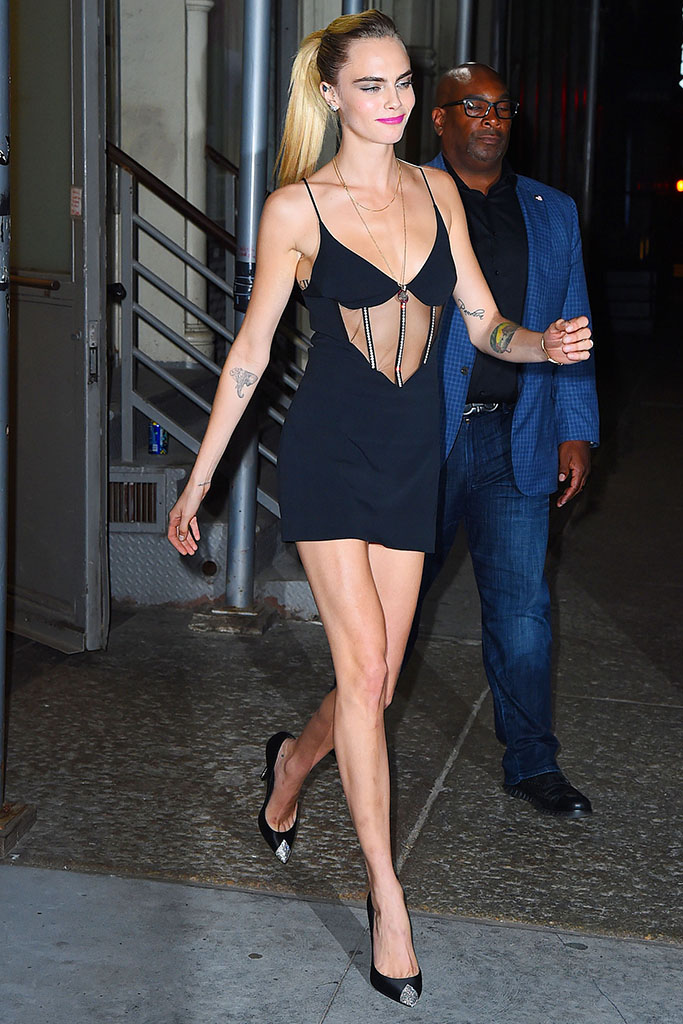 Cara Delevingne, outfit, black dress