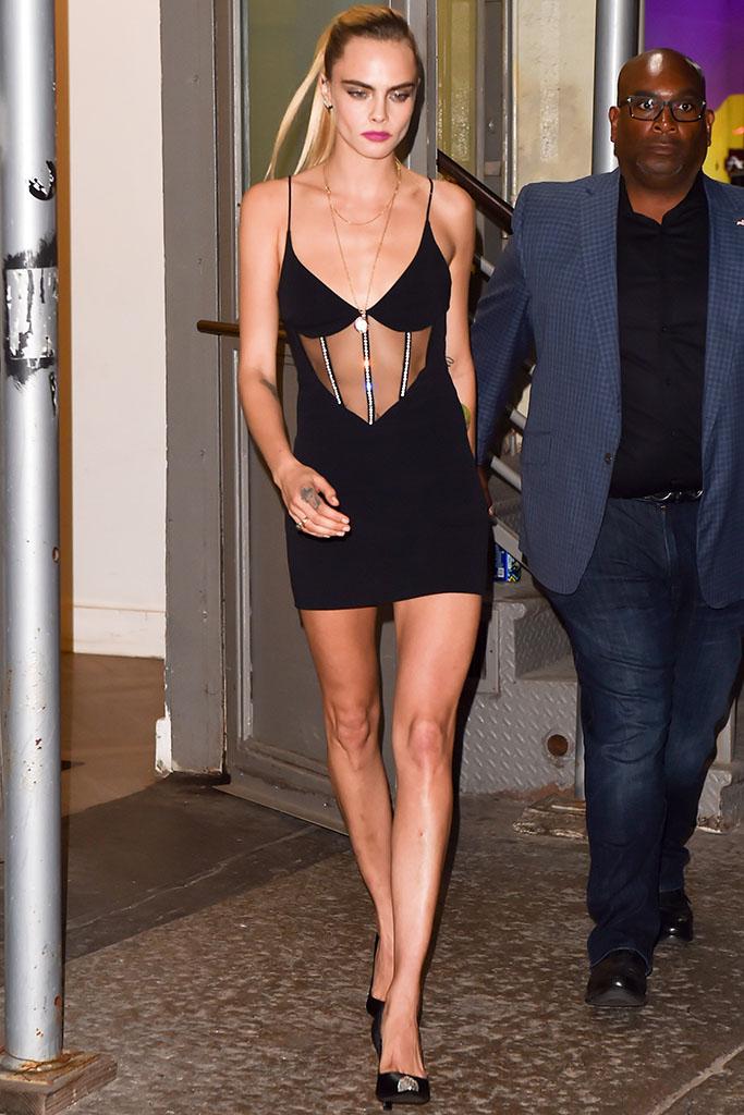 Cara Delevingne, outfit, black dress