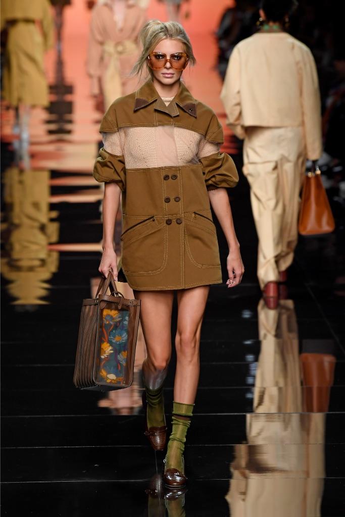 Kendall Jenner, fendi, spring 2020, runway, Milan fashion week, mfw