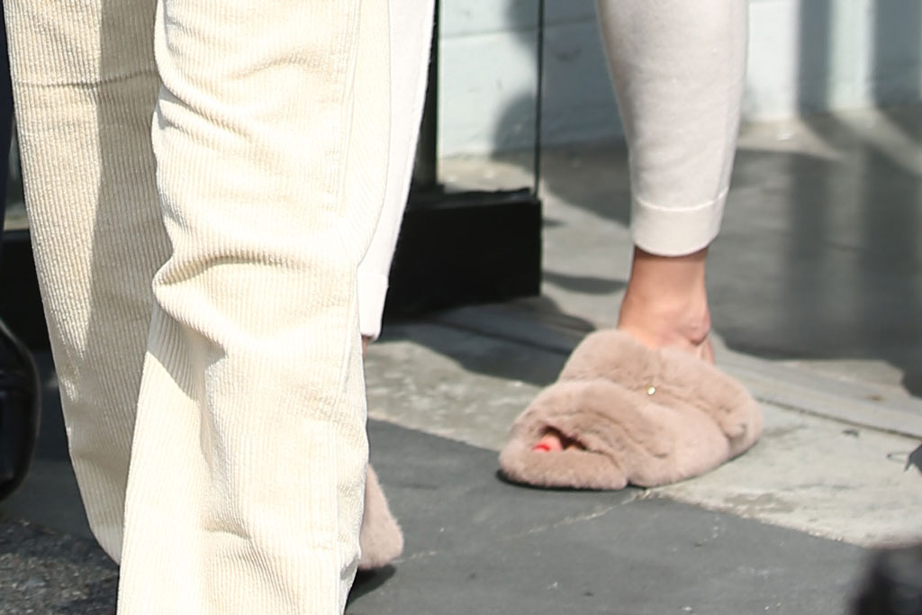 Gigi Hadid, pedicure, sandals, fluffy slippers, nyfw, Michael kors show, spring 2020, New York city