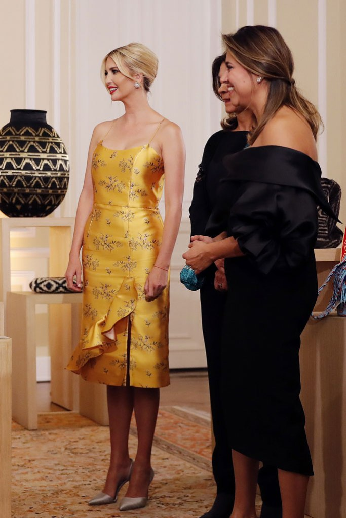 Ivanka Trump, celebrity style, bogota, Colombia, Casa de Nariño, presidential palace, Johanna Ortiz dress, yellow dress, silky pumps, stilettos, Colombian First Lady, Maria Juliana Ruiz