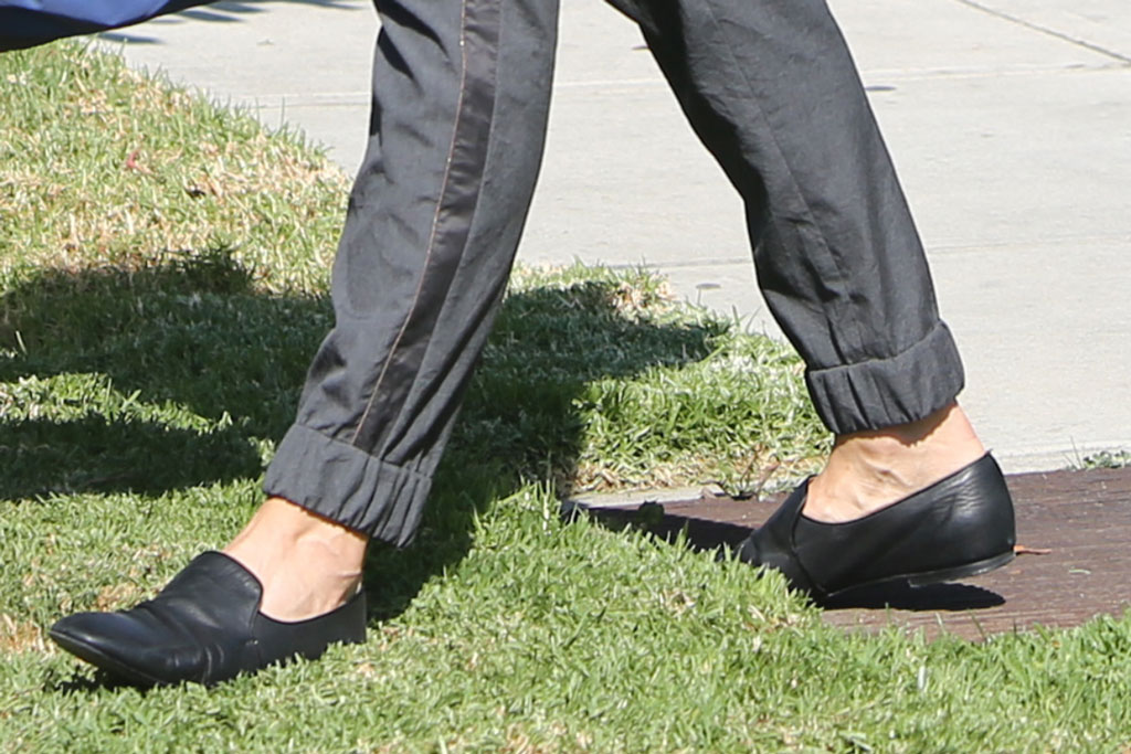 Jennifer Garner, the row, black loafers, celebrity style, Santa Monica, California, September 2019