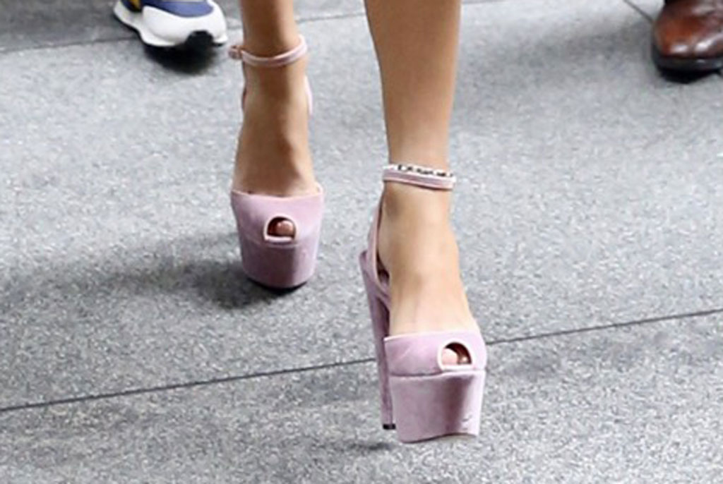 Jennifer lopez, dolce and Gabbana, j-lo, pink platform sandals, celebrity shoe style, nyc, Sirius xm