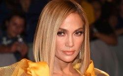 Jennifer Lopez, celebrity style, red carpet,