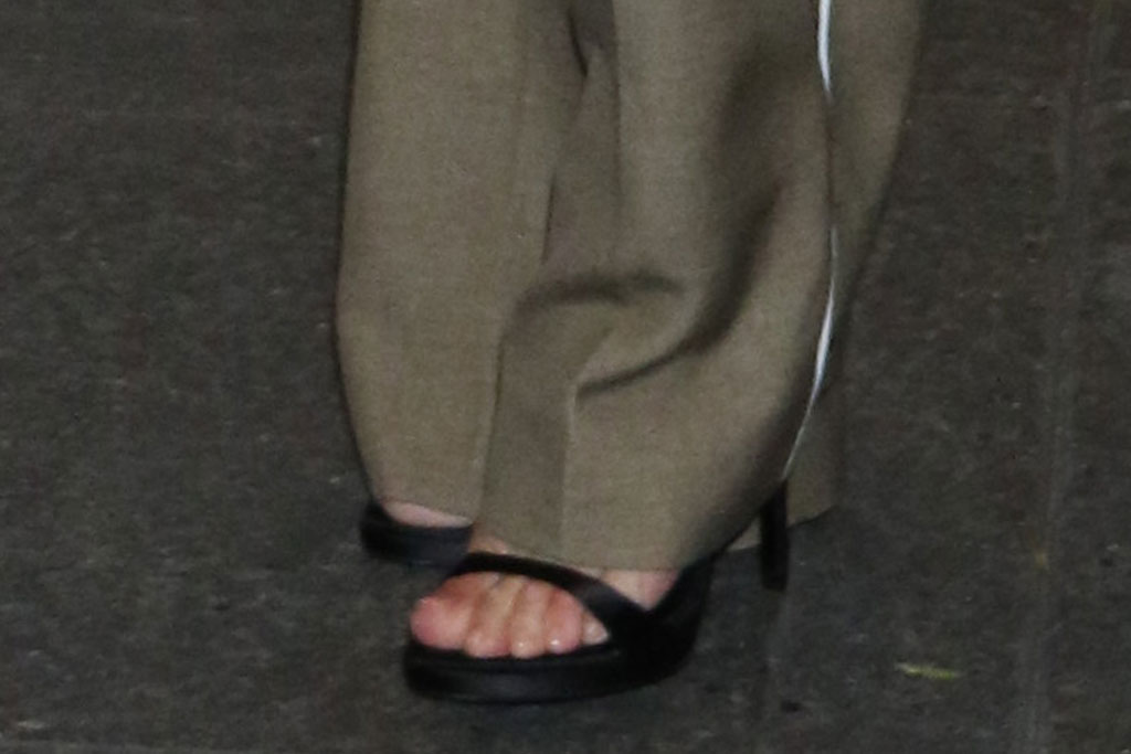 Jennifer Lopez, fendi, white blouse, wide-legged pants, black sandals, fendi bag, 'Late Night with Seth Meyers' TV show, New York, USA - 11 Sep 2019Wearing Fendi Same Outfit as catwalk model *10113157x