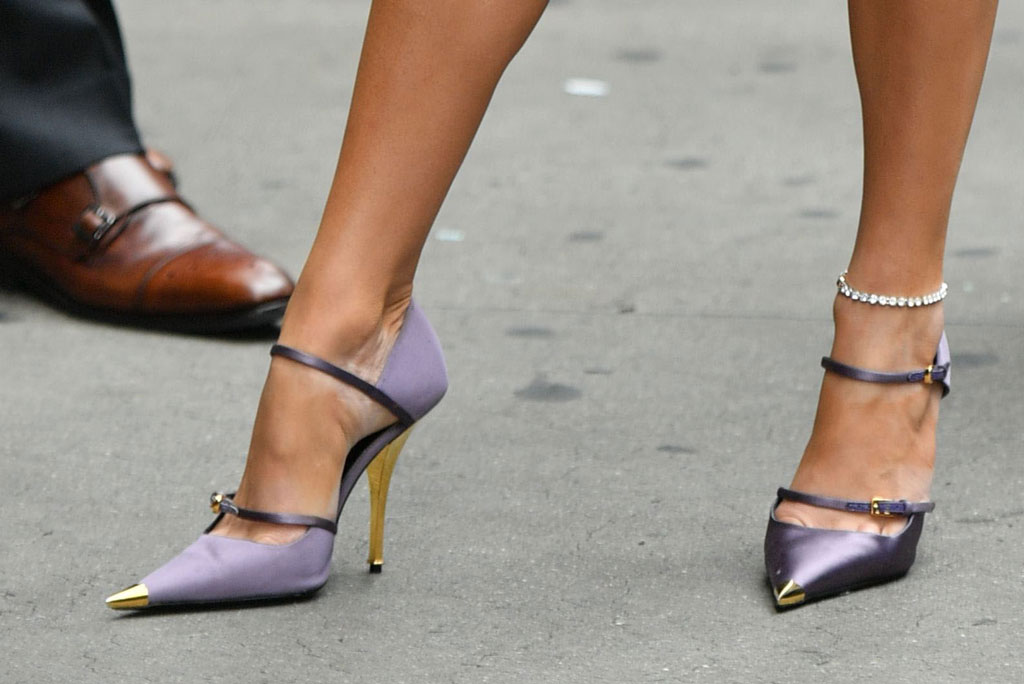 tom ford, j-lo, Jennifer lopez, shoe detail, good morning america, Mary Janes.
