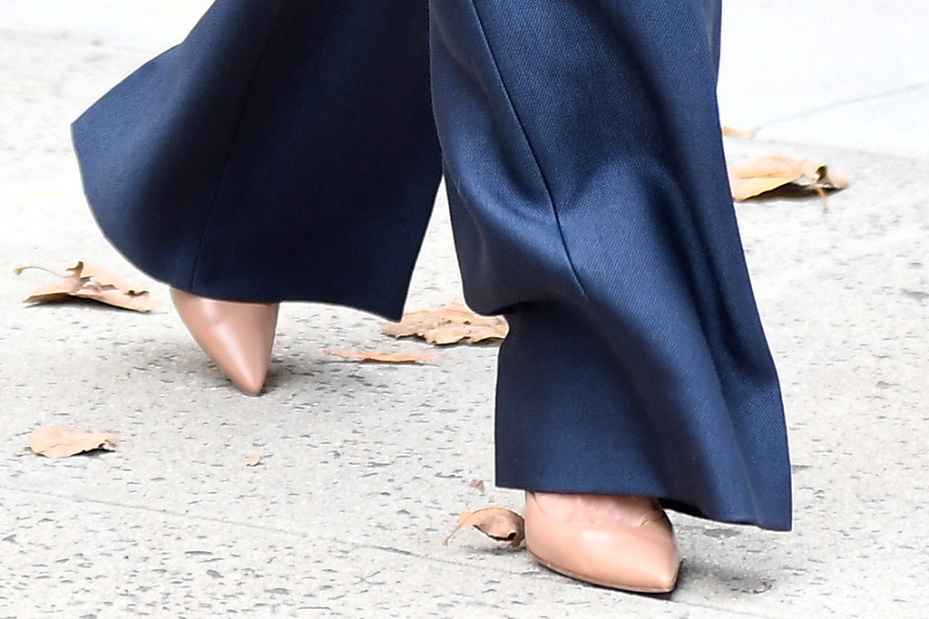 katie holmes, gabriela hearst, brookyln, navy suit, nude heels