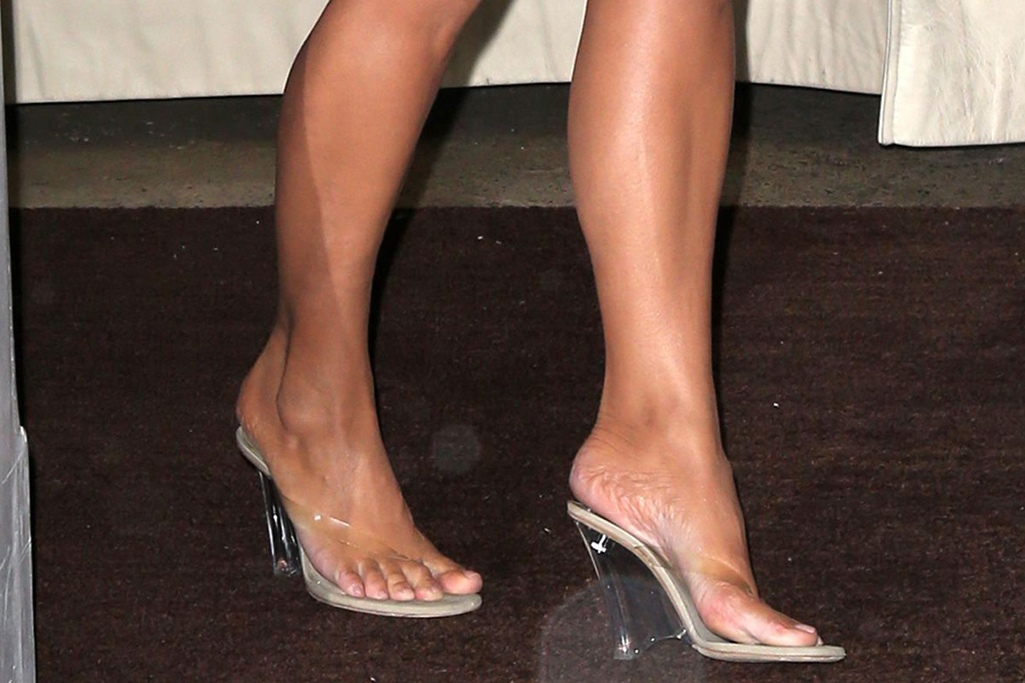 Kim Kardashian West, Shoes
