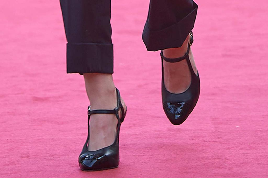 kristen stewart, san sebastian film festival, spain, heels