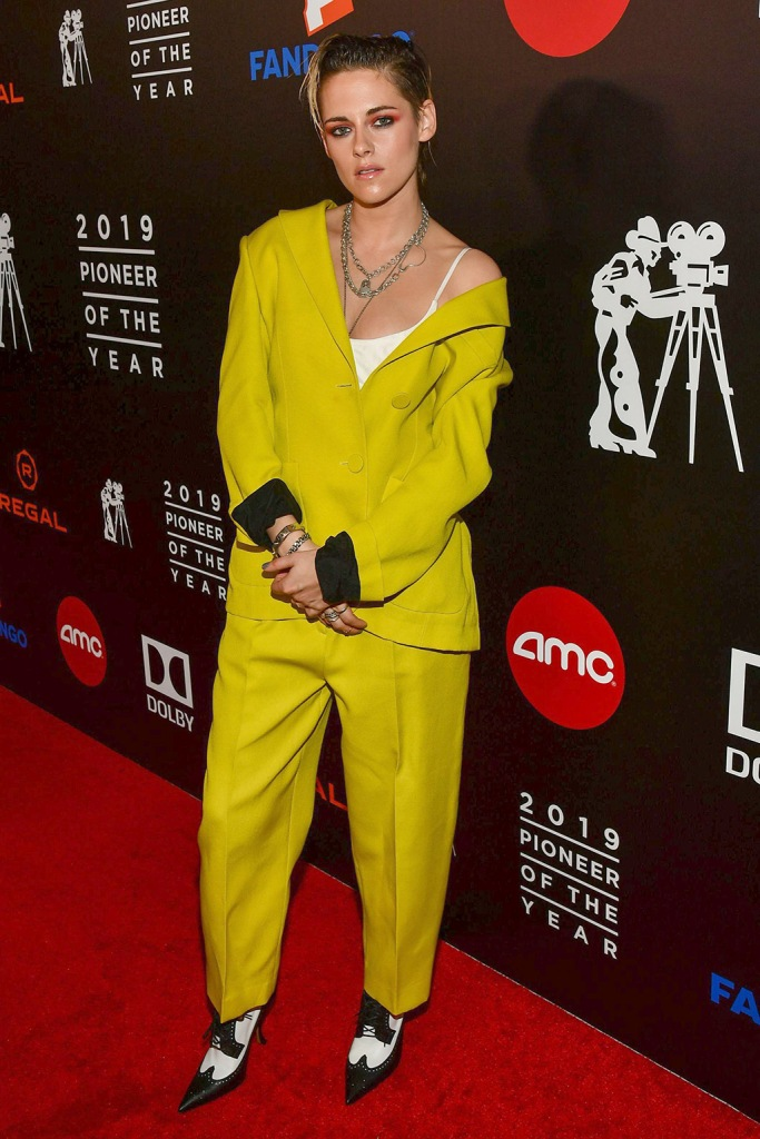 Kristen Stewart, Petar Petrov, resort 2020, pantsuit, yellow suit, thom Browne shoes, brogues, Pioneer of the Year Dinner Honoring Elizabeth Banks, Arrivals, The Beverly Hilton, Los Angeles, USA - 25 Sep 2019Wearing Petar Petrov