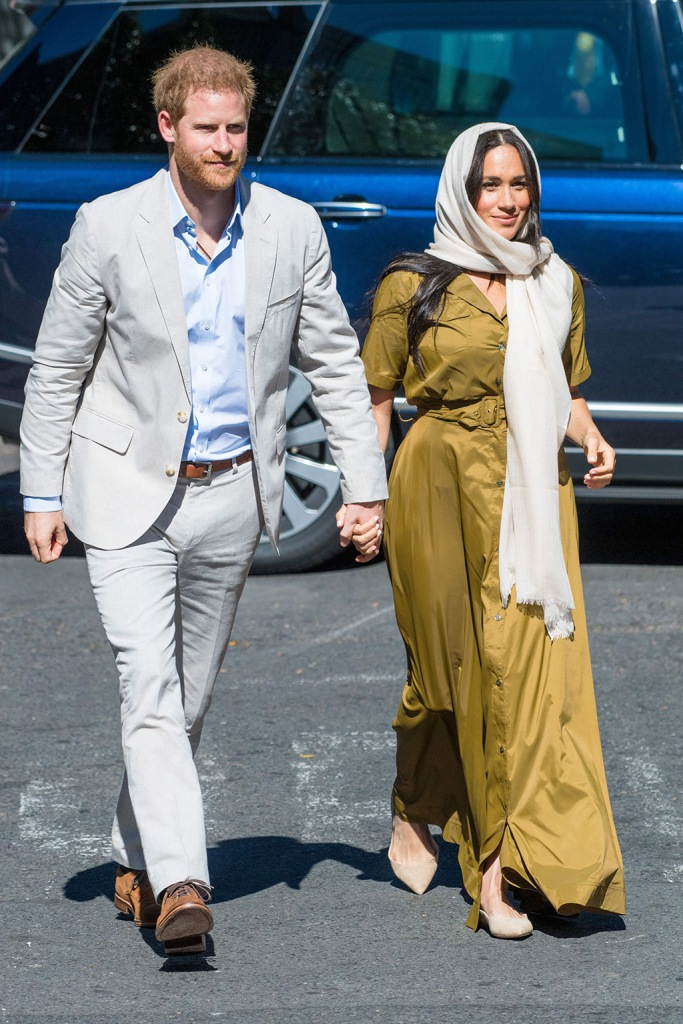 Prince Harry and Meghan Duchess of Sussex during a visit to Auwal Mosque, the oldest mosque in South Africa in Cape Town.Prince Harry and Meghan Duchess of Sussex visit to Africa - 24 Sep 2019