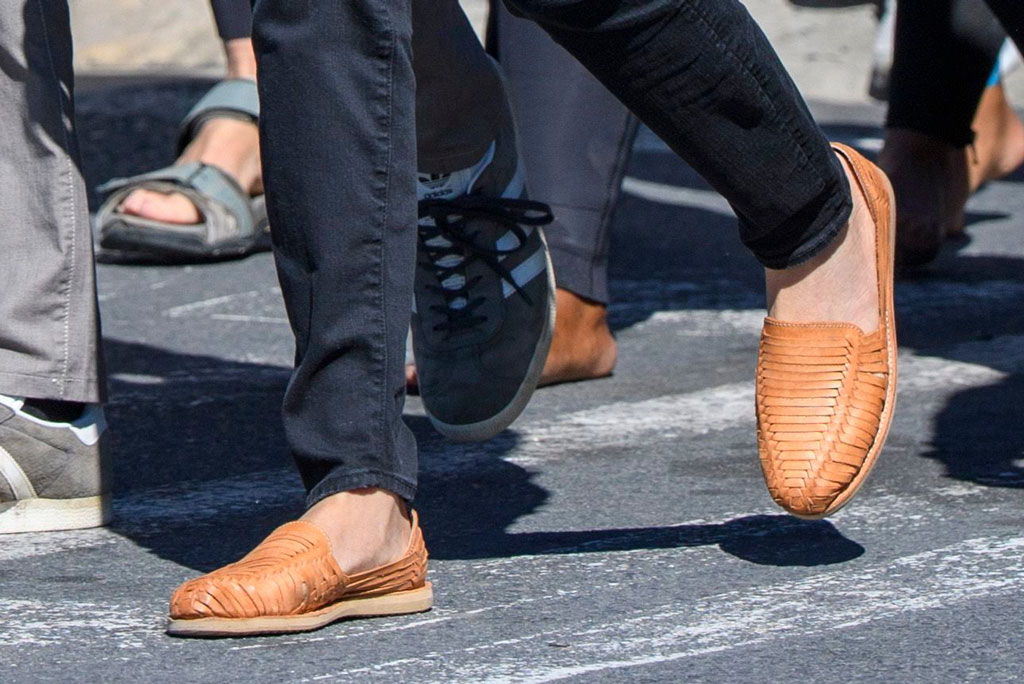 Meghan Markle, brother vellies, huaraches, brown leather flats,