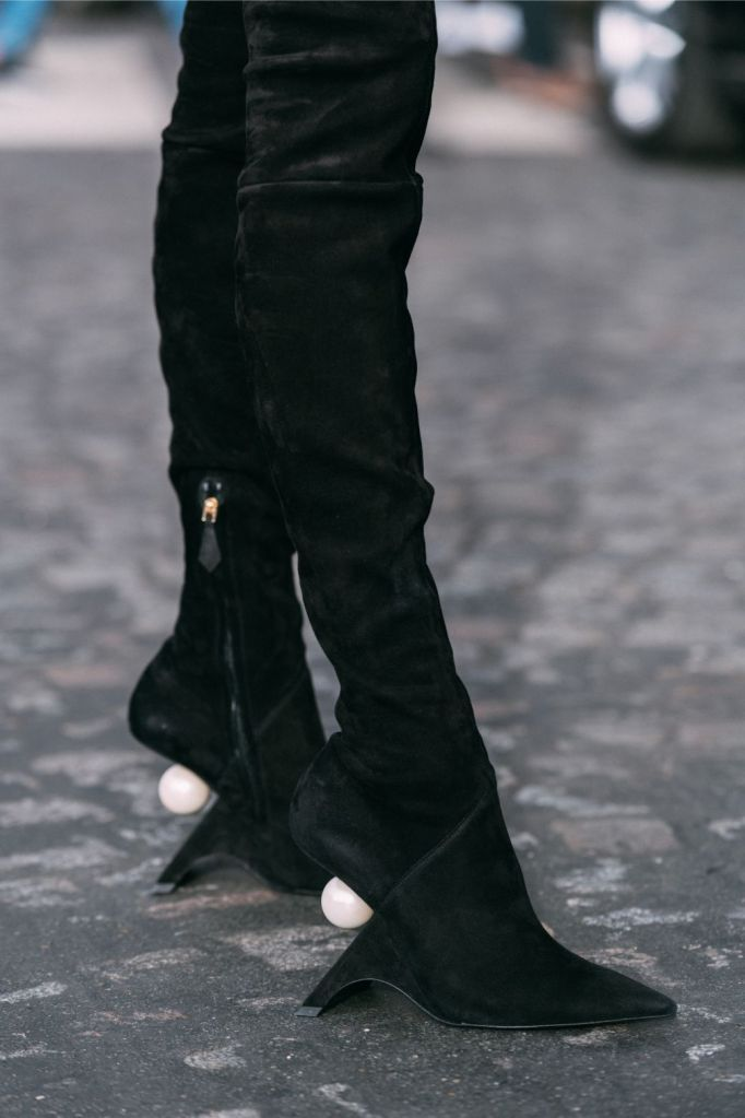 Nicholas Kirkwood, boots, pfw, spring 2020, paris fashion week, street style, streetstyle, trendy, shoes