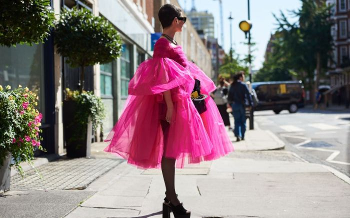 fashion, week, spring, 2020, hot, pink, color, trend