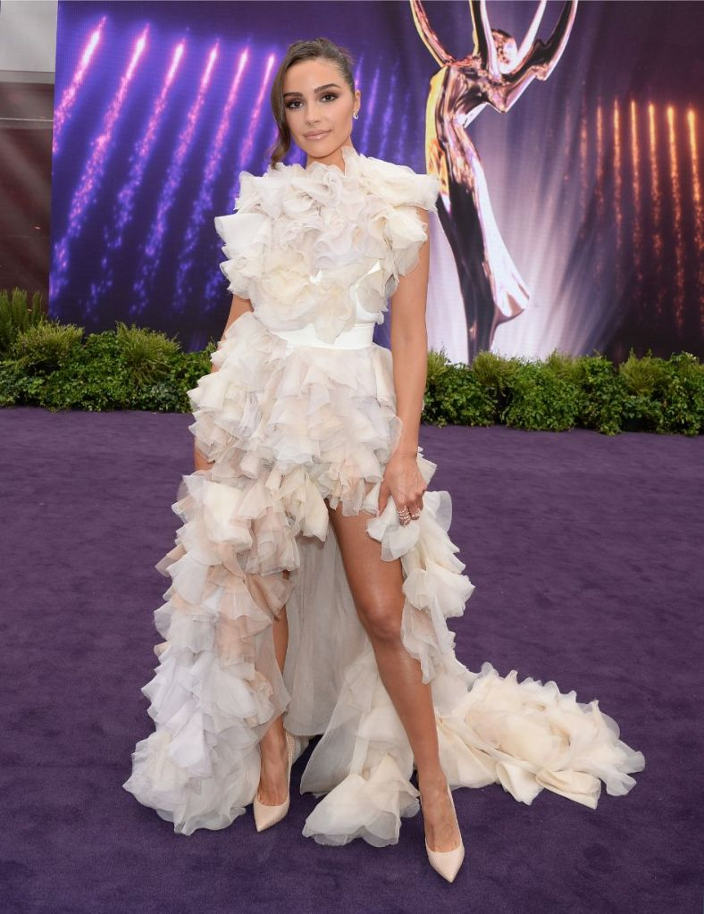 olivia culpo, Maticevski dress, ruffled gown, jimmy Choo Anouk, stilettos, 2019 Primetime Emmy Awards Red Carpet Arrivals, 2019 Primetime Emmy Awards, emmys, tv, red carpet