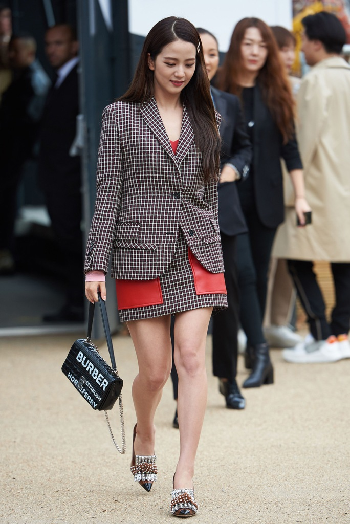 Jisoo of Blackpink leaves the Burberry showBurberry show, Departures, London Fashion Week, UK - 16 Sep 2019Wearing Burberry