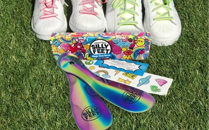 silly feet shoe horn