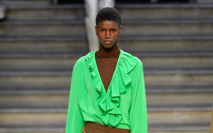 Victoria Beckham, London fashion week, spring 2020, model, runway, lfw