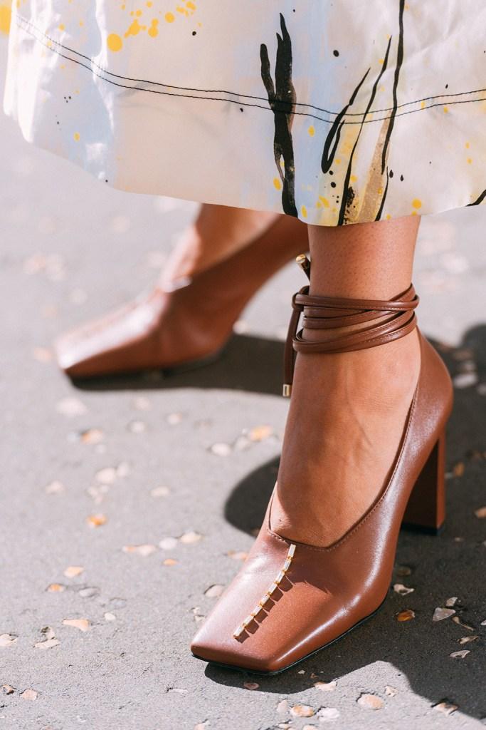 Wandler, London fashion week, lfw, street style, brown pumps, spring 2020