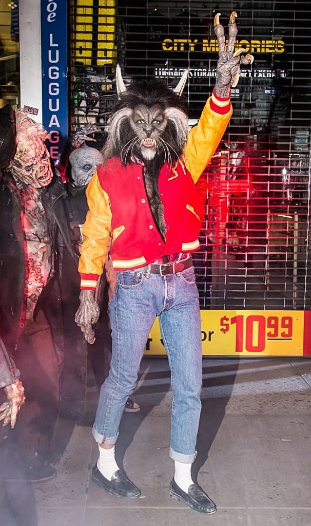 Heidi Klum, Michael Jackson, Heidi Klum's Halloween Party, Halloween, costumes, werewolf