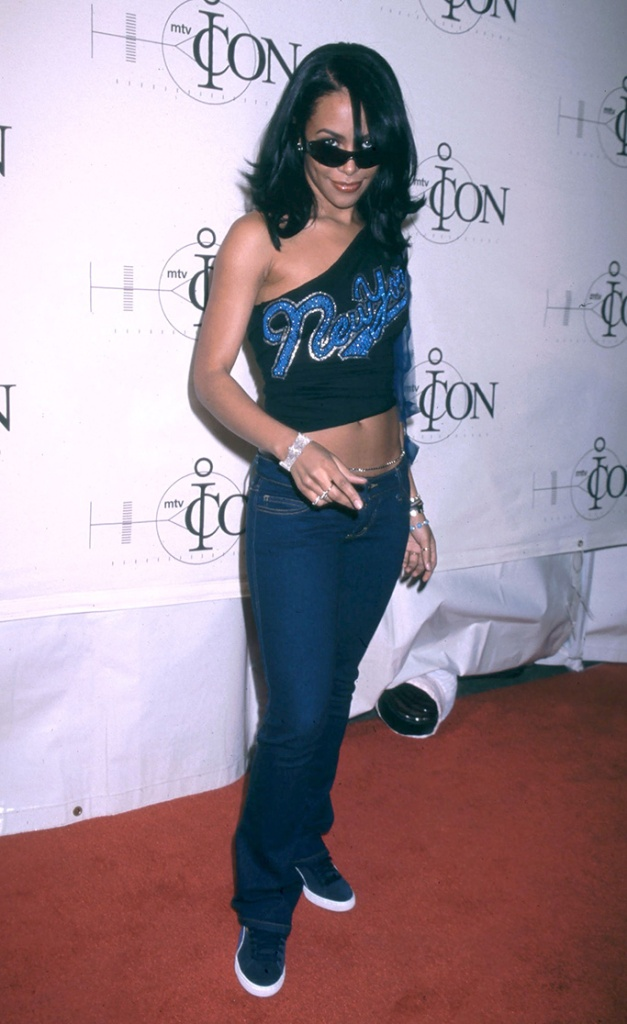 Aaliyah wearing Puma Clyde sneakers at an MTV event, 2001, aaliyah shoe style, sneakers