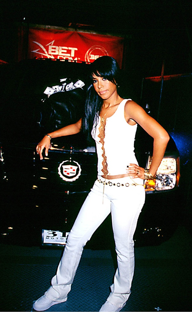 Aaliyah, 2001, Nike shoes, aaliyah shoes