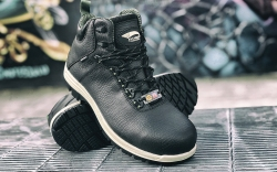 Spring '20 waterproof Breaker boot from