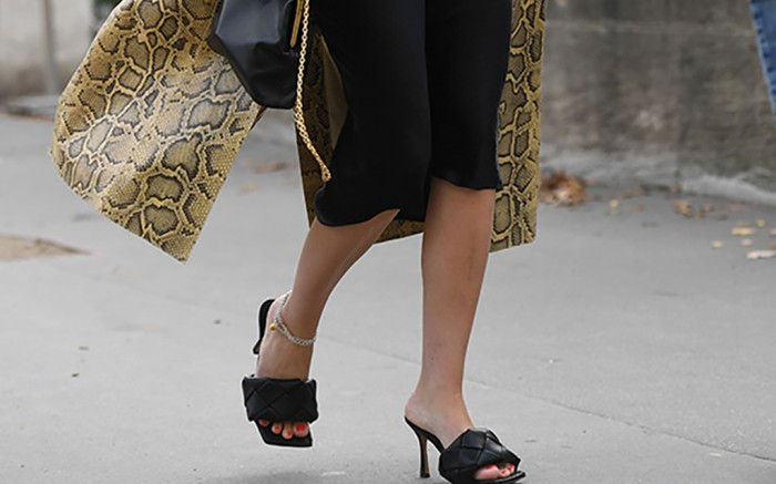 Paris Fashion Week, street style, spring 20, bottega veneta shoes