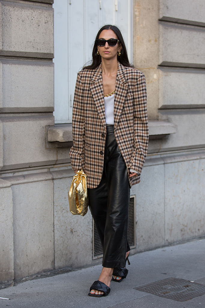 Street Style, Spring Summer 2020, Paris Fashion Week, Bottega Veneta Shoes