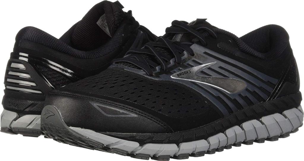 brooks men's beast 18 running sneaker, vegans shoes