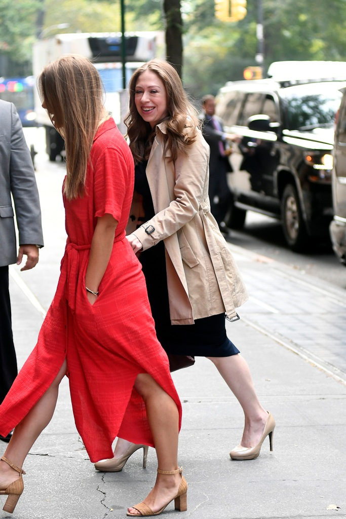 Chelsea Clinton, navy dress, trench coat, legs, nude power pumps, stilettos, celebrity style, shoe style, arrives at the ABC Studios this morning to make an appereance at The View in New York CityPictured: Chelsea ClintonRef: SPL5119851 021019 NON-EXCLUSIVEPicture by: Elder Ordonez / SplashNews.comSplash News and PicturesLos Angeles: 310-821-2666New York: 212-619-2666London: +44 (0)20 7644 7656Berlin: +49 175 3764 166photodesk@splashnews.comWorld Rights, No Portugal Rights