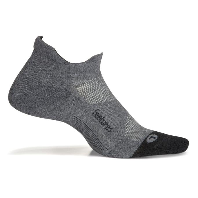 feetures elite max cushion no show running socks
