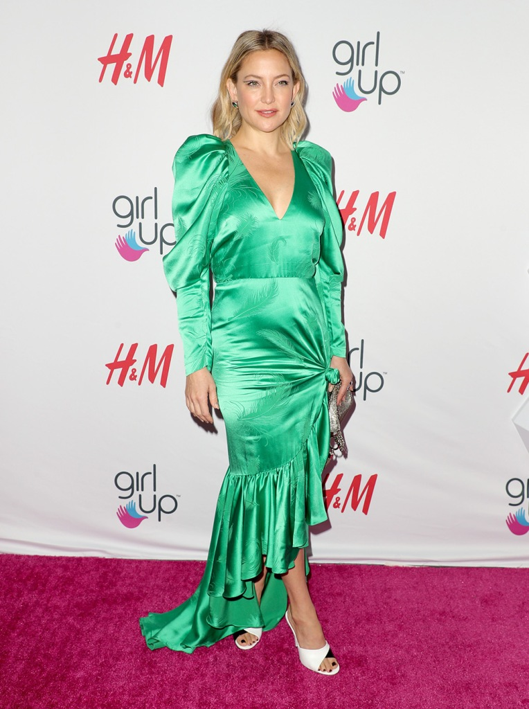 Kate Hudson, green dress, hellessy dress, celebrity style, red carpet, white and black sandals, 2nd Annual Girl Up GirlHero Awards, Arrivals, Beverly Wilshire, Los Angeles, USA - 13 Oct 2019Wearing Hellessy