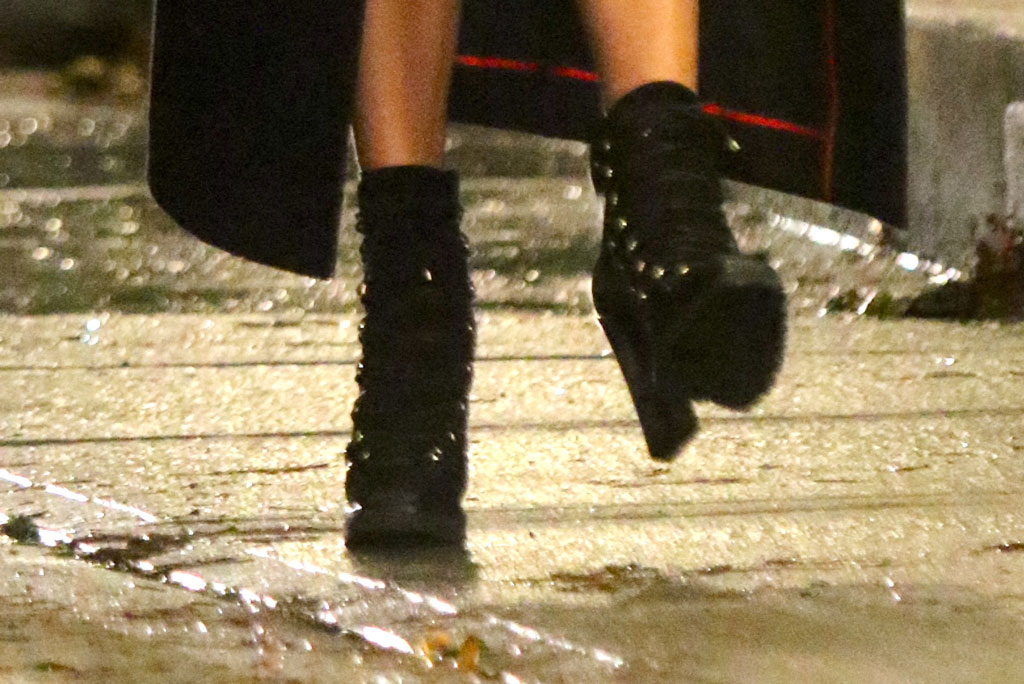 jennifer lopez, j-lo, black booties, ankle boots, jimmy choo shoes, block heels, nyc, film set, marry me, romantic comedy