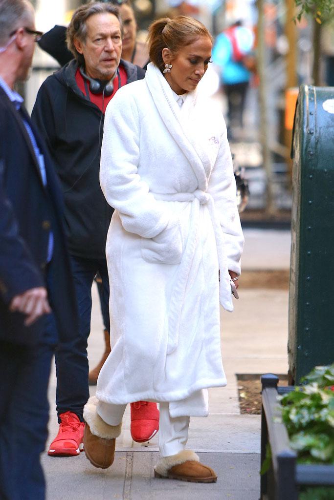 Jennifer Lopez, ugg, slippers, celebrity style, New York city, bathrobe, white robe, nyc