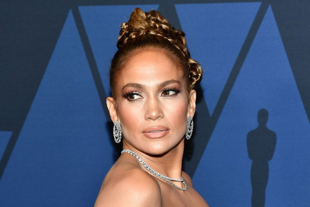 Jennifer Lopez At The 2019 Governors Awards In Reem Acra More Stars Footwear News