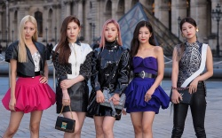 K pop Band, Itzy, in the