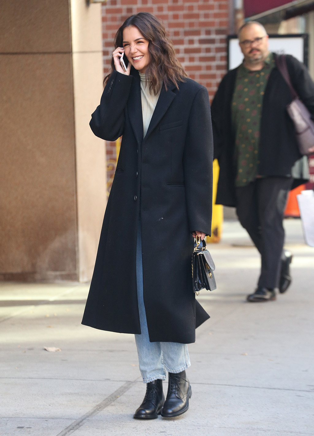 Katie Holmes, combat boots, mom jeans, turtleneck, celebrity style, nyc, street style, is all laughs and smiles while talking on her phone during a stroll in New York.Pictured: Katie HolmesRef: SPL5122459 151019 NON-EXCLUSIVEPicture by: SplashNews.comSplash News and PicturesLos Angeles: 310-821-2666New York: 212-619-2666London: +44 (0)20 7644 7656Berlin: +49 175 3764 166photodesk@splashnews.comWorld Rights