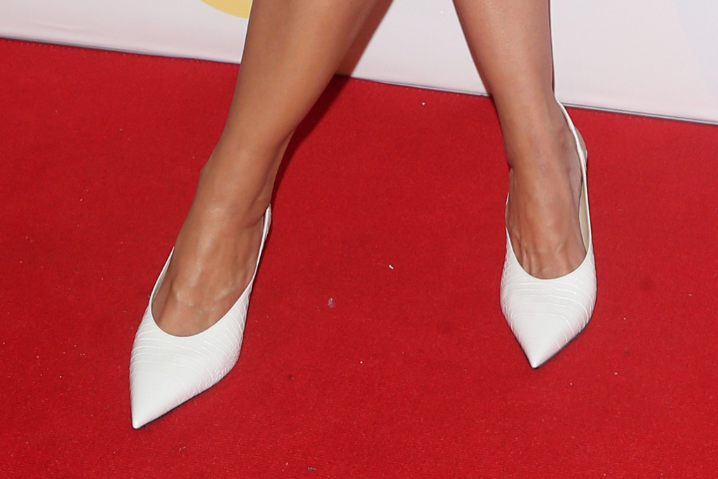 Skin Cancer Foundation Champions For Change Gala, katie holmes, all white, white heels