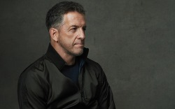 Kenneth Cole, designer
