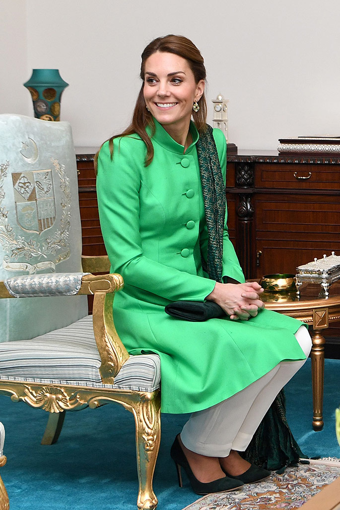 Kate Middleton wears pants by Maheen Khan, tunic by Catherine Walker, scarf by Satrangi and earrings by Zeen for a meeting with the Prime Minister in Islamabad.