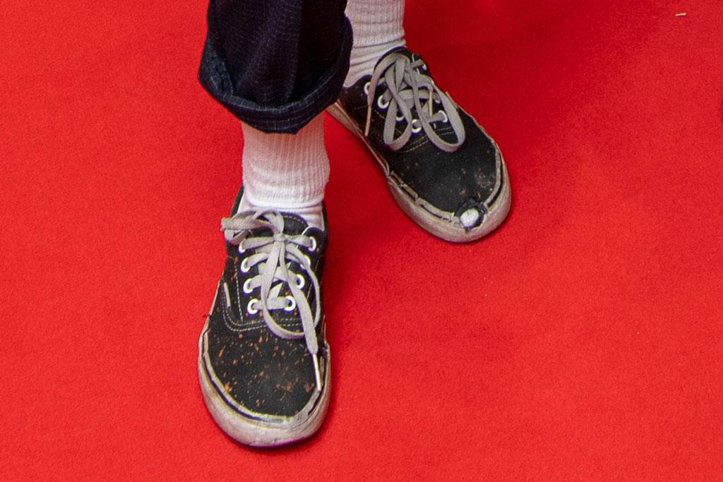 Kristen Stewart, vans authentic, vans sneakers, celebrity style, red carpet, deadline the contenders, London, uk, worn-in sneakers, hole in shoes, paint splattered sneakers