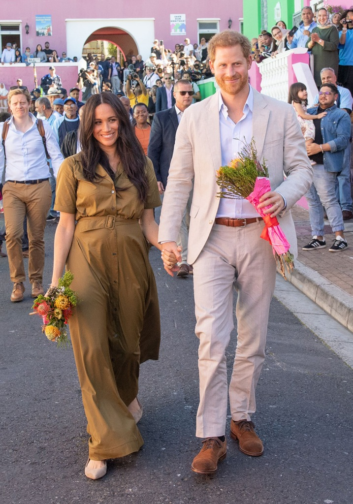 Meghan Markle, sam Edelman shoes, sally ballet flats, suede shoes, staud dress, Duchess of Sussex and Prince Harry on a public walkabout through the colourful and multicultural neighbourhood of Bo-Kaap in Cape TownPrince Harry and Meghan Duchess of Sussex visit to Africa - 24 Sep 2019