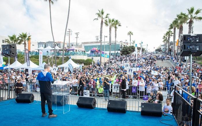 michael greenberg, skechers pier to pier friendship walk 2019, 11th annual skechers, friendship foundation, manhattan beach pier